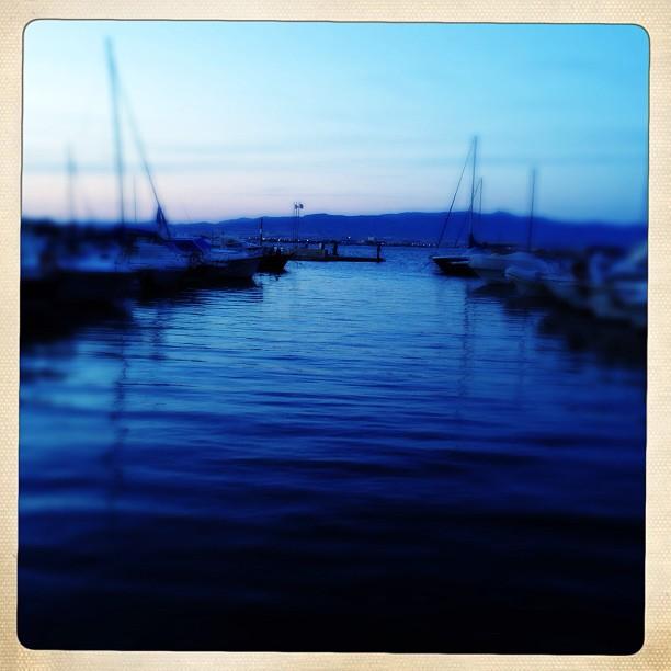 Marina Piccola al tramonto</p> <p>#marinapiccola #tramonto #sunset #harbor #porto #poetto #poldo_ #sails #barche #cagliari #casteddu #sardegna #sardinia #italy #italia #hipstamatic #picoftheday #instagood #photooftheday #instamood #iphonesia #instaitalia  #igersardegna #igersitalia