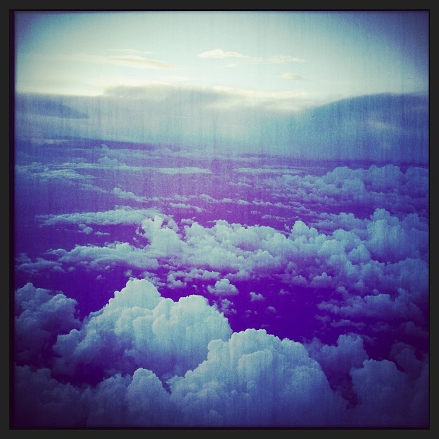 On fly  #fly #cloud #sky #airplane #italy #hipstamatic #picoftheday #instagood #photooftheday #instamood #iphonesia #instaitalia  #igersitalia #poldo_