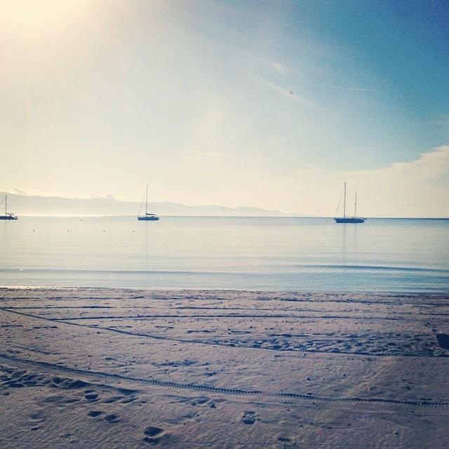Sotto la Sella del Diavolo  #poetto #sea #sky #sand #sun #cagliarifornia #cagliari #casteddu #sardegna #sardinia #italy #italia #hipstamatic #picoftheday #instagood #photooftheday #instamood #iphonesia #instaitalia #igersardegna #igersitalia #poldo_