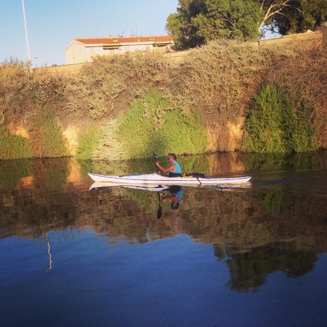 City kayak  #kayak #cagliarifornia #cagliari #casteddu #sardegna #sardinia #italy #italia #hipstamatic #picoftheday #instagood #photooftheday #instamood #iphonesia #instaitalia #igersardegna #igersitalia #poldo_
