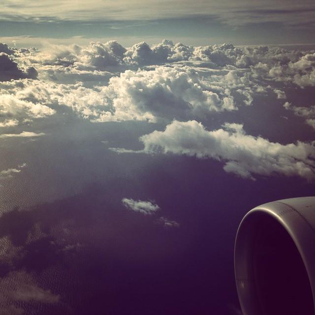 Nuvole del lunedi</p> <p>#clouds #fly #airbus #italia #hipstamatic #picoftheday #instagood #photooftheday #instamood #iphonesia #instaitalia #igersardegna #igersitalia #poldo_