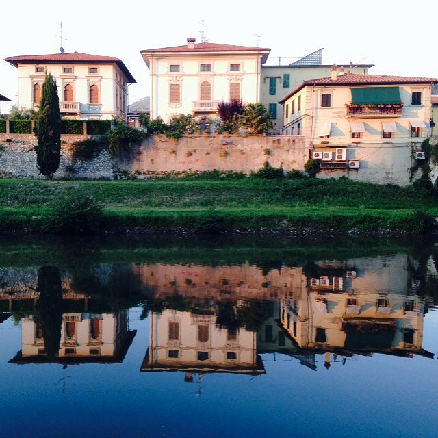 Perfect #mirror  #prato #Bisenzio #river #reflect #italy #italia # #picoftheday #instagood #photooftheday #instamood #iphonesia #instaitalia #igersitalia #poldo_